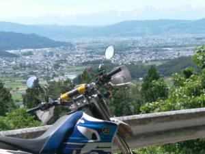ちょっとした高台から長野市を望む。ほんとはアルプスまで見えるけど携帯撮影では限界