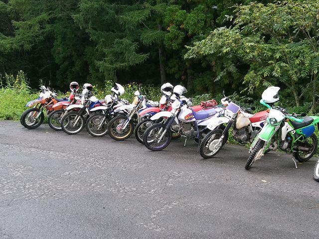 バイクはカッコイイだけでなく、仲間もできる