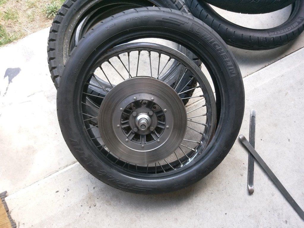 慣れないと結構時間かかるし、タイヤチューブを破損しがち