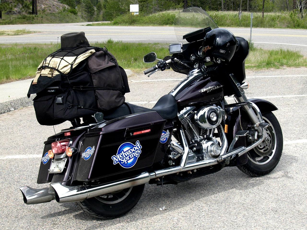 荷物満載が絵になるバイクはいいな♪