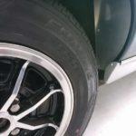 ロータスヨーロッパ。昔のスポーツカーは今ではエコタイヤしかサイズがない・・