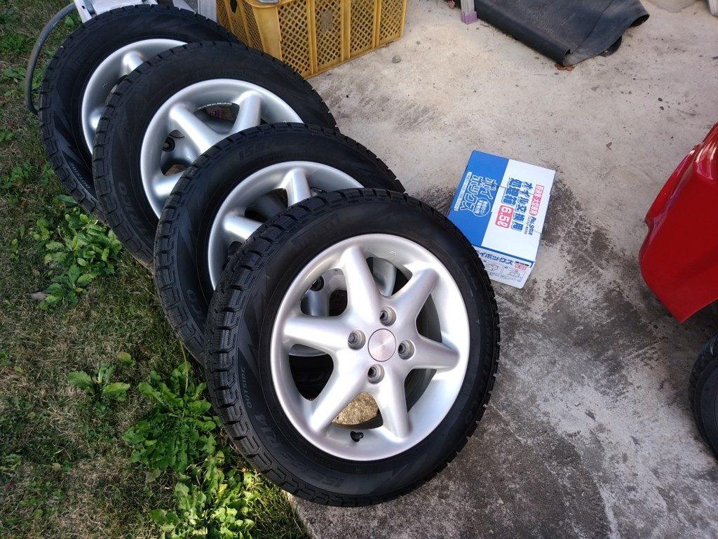 タイヤは交換したら洗ってタイヤワックスしておくと長持ちします