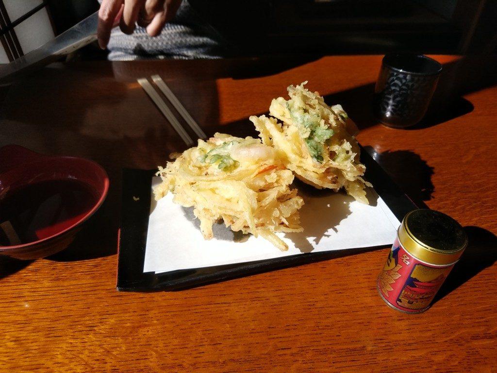 天ぷらトッピングしても余裕でおつりがくる
