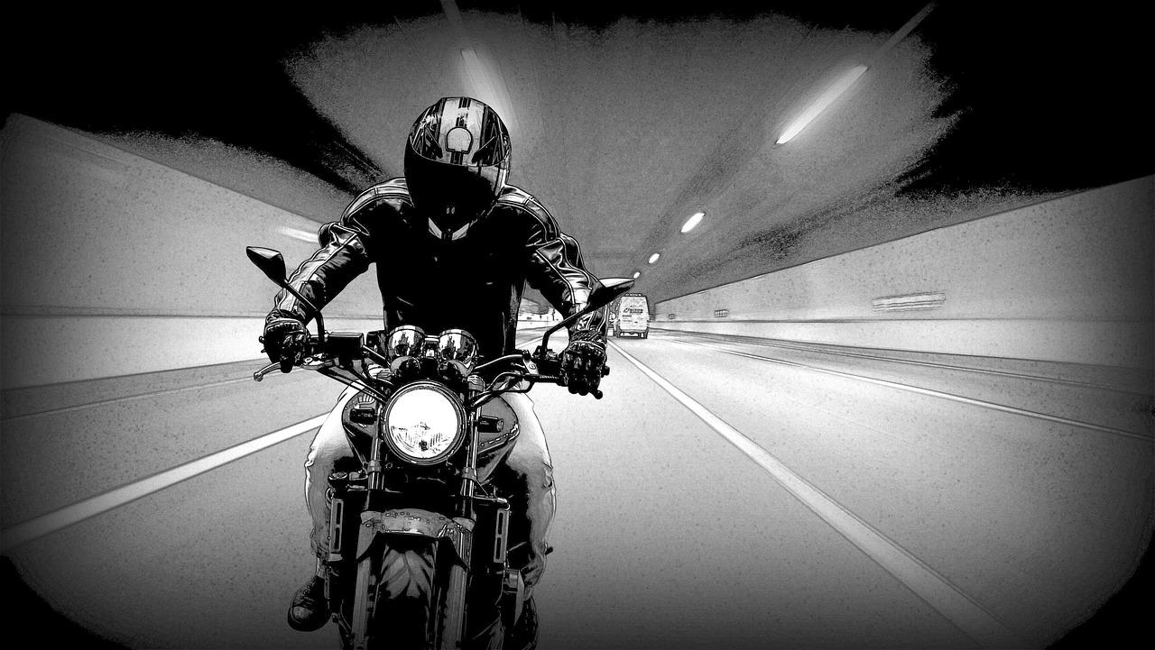 バイクで高速道路走るのってツマンナくない?