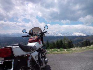 この日は雲が多かったけど、そこかしこでアルプスの絶景が!