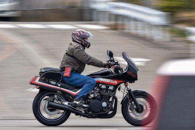 この年代のバイクはやっぱり好きだな。