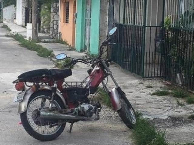 メキシコでは移動手段でバイクが当たり前らしい。