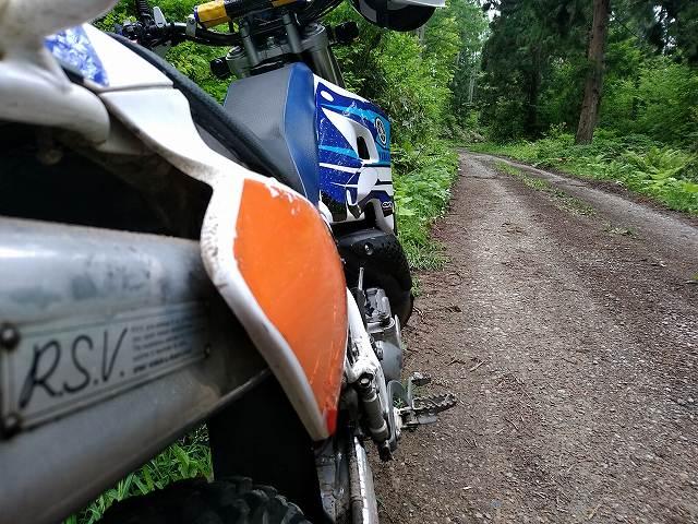DT200WR。ワタクシのメイン林道マシンですがいい子過ぎて記事が書けない。