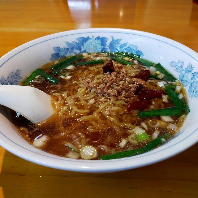 ワタクシがよくいく台湾料理屋さんのラーメン。美味い。