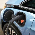 EV車の充電で屋外で電源挿しっぱなしでオーナーが離れるってって危なくないのかしら?