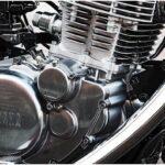 SR400。空冷エンジンは造詣がきれいでいいよね。