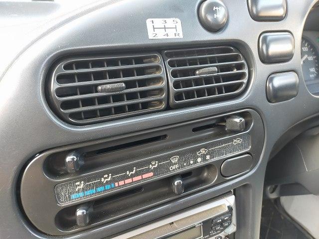 ハイゼットの外気導入口。