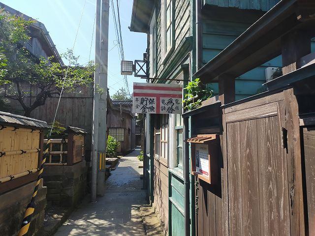 宿根木地区にはこういう古き良き文化がそのまま残ってる。