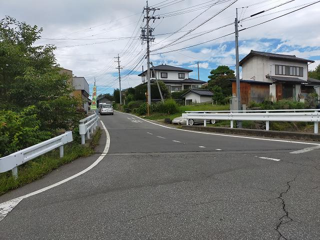 この辺が県道94号の起点なはず。