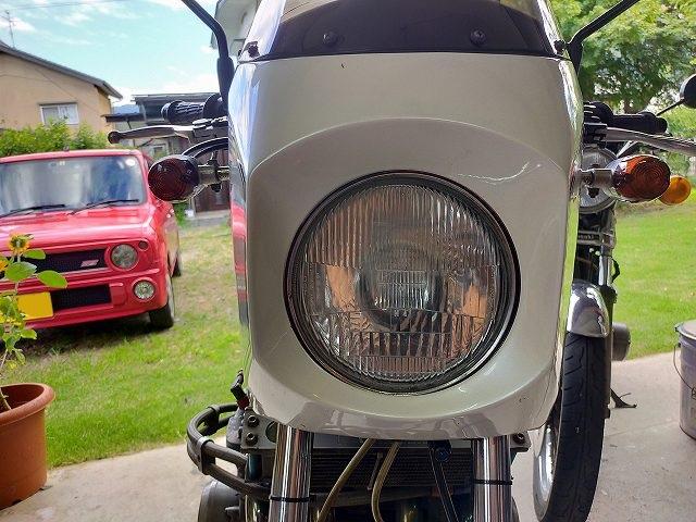 Z1-R。曇った樹脂レンズ仕様。
