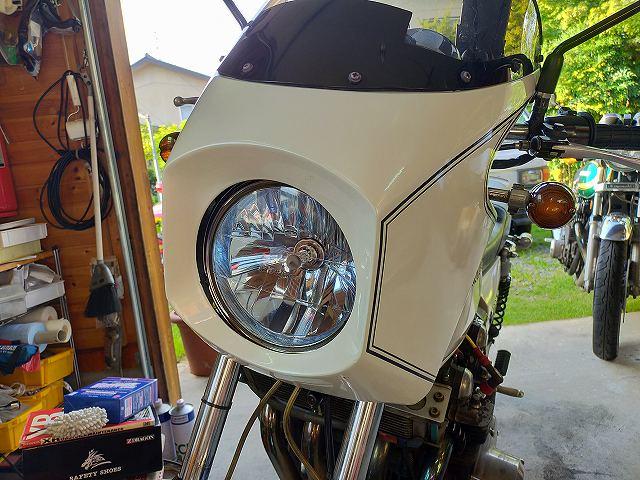 Z1-R。輝きヘッドライト仕様。