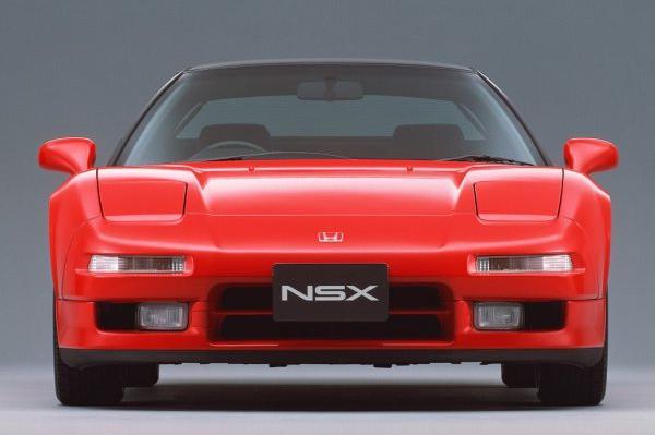 初期型NSX。