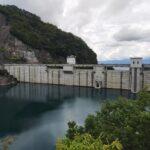 豊丘ダムの湖側。